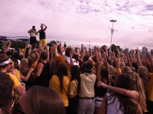 Look like a concert? Just our fraternity's tailgate at 10:00am. TFM.