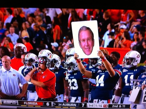 Auburn using W's face to call a play.