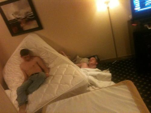 Hotel Rage. TFM.