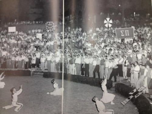 University of Arkansas football pep rally in '54. 58 years later and not much has changed. TFM.
