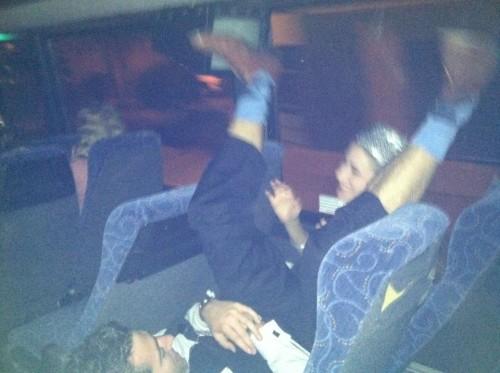 Date party bus etiquete. TFM.