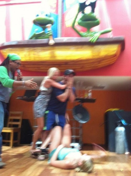 Droppin girls on the stage of Senor Frogs. TFM.