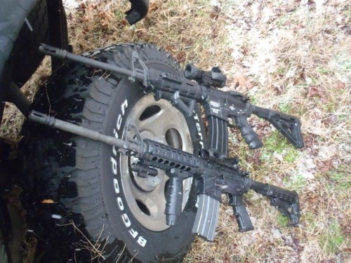 Big bro/little bro AR-15s. TFM.