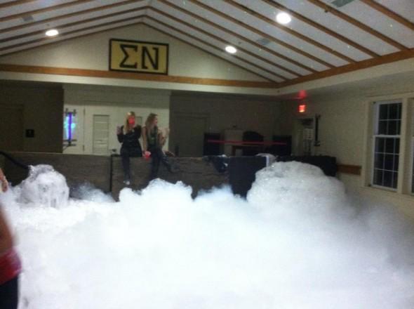 Foam party. TFM.
