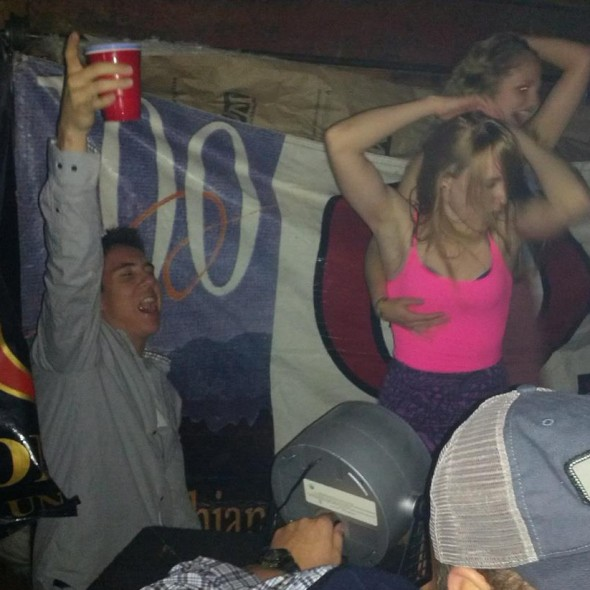 Nothing like some girl-on-girl action. TFM.