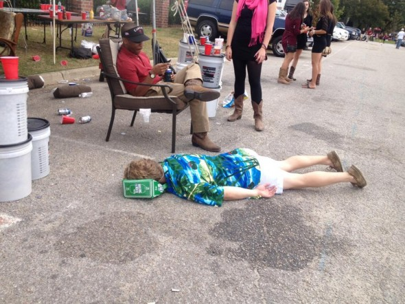 Casual mid-tailgate nap. TFM.