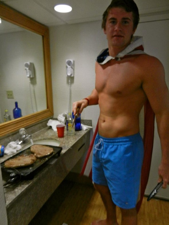 Captain America refueling mid-blackout. TFM.