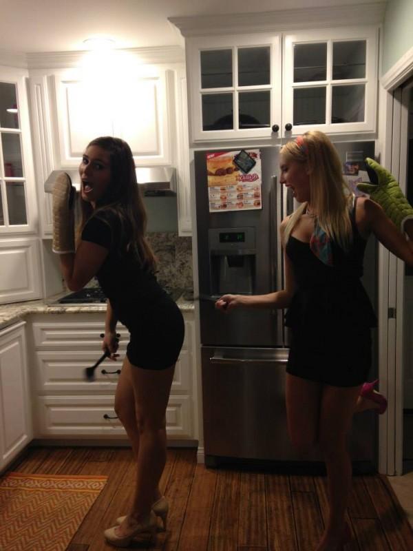 Housewife Halloween. TSM.