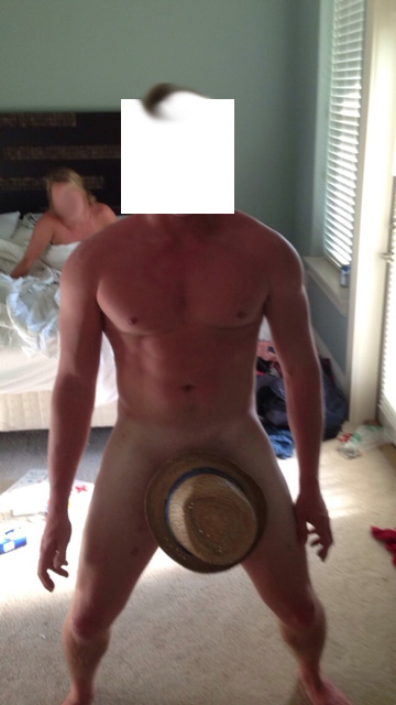 Finding another use for your hat on Spring Break. TFM.