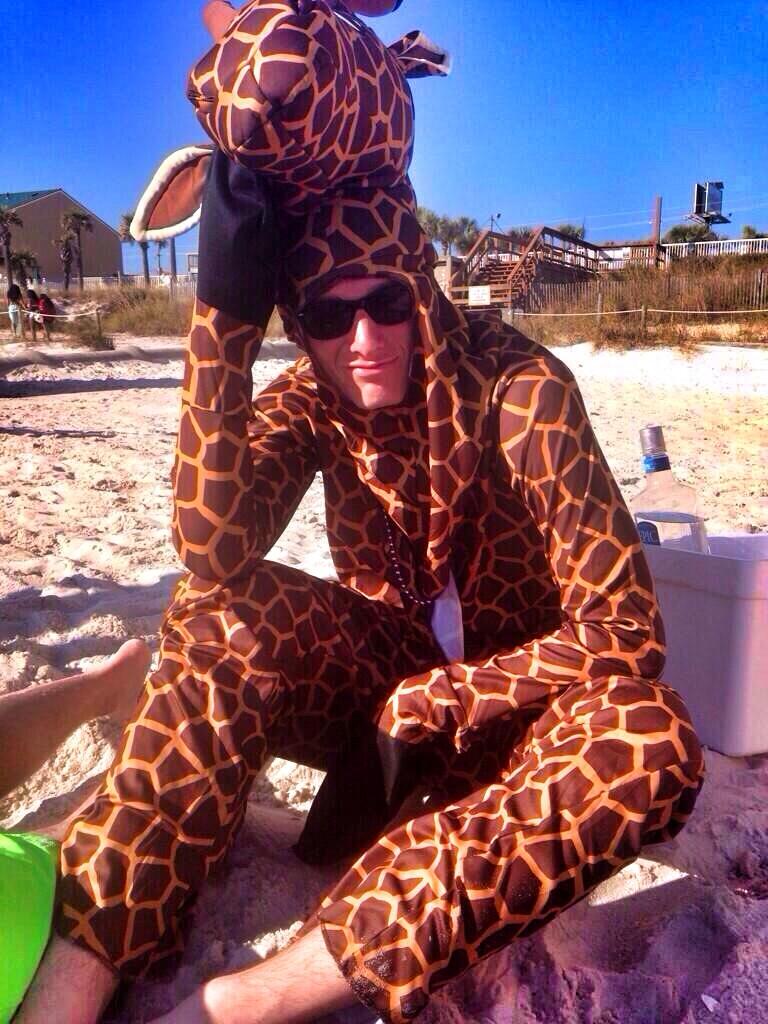 Apparently giraffes go on spring break too.
