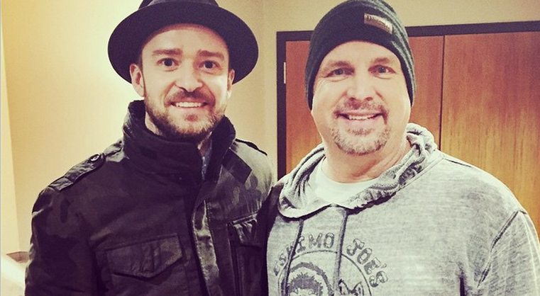 "Justin Timberlake Covered Garth Brooks' ""Friends In Low Places,"" Brought Down The House"