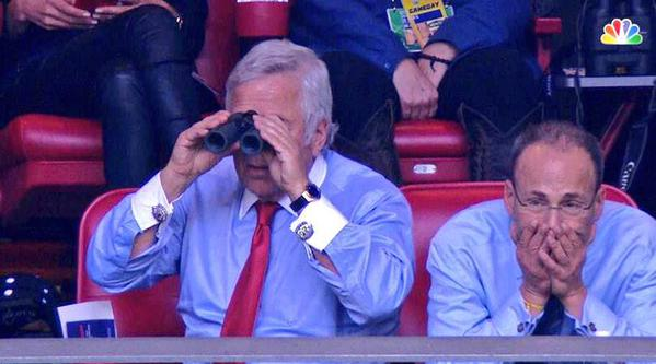 Robert Kraft's cufflink game. TFM.