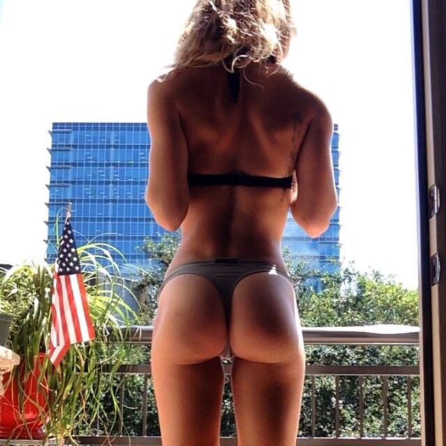 Ass and America. TFM.