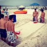 Beach pong. TFM.