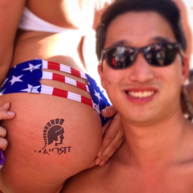 Grabbing a handful of America. TFM.