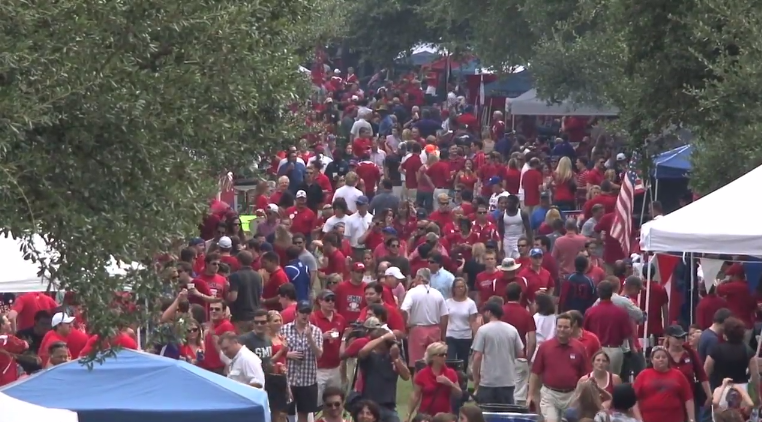 SMU Is Completely Dicking Over Students, Demand More Water Than Alcohol At Tailgates