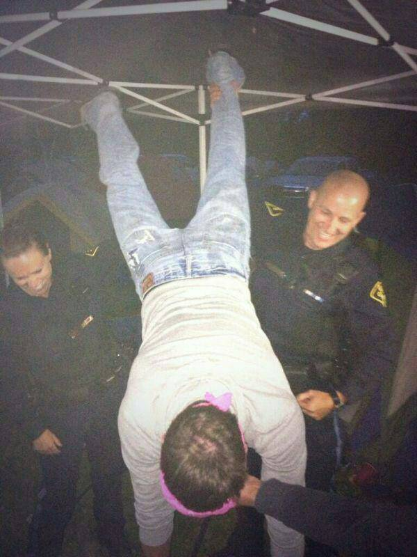 Getting the police to lend you a hand. TFM.