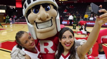 Rutgers Student Government Wants To Change Mascot Because It's White And Male