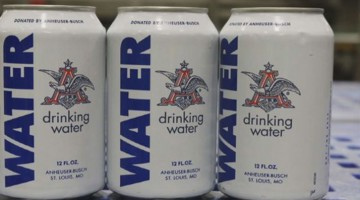 Anheuser-Busch Plant Stops Beer Production To Provide Clean Water For Texas And Oklahoma Flood Victims