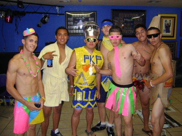 Whatever this theme party was, you shouldve reconsidered.
