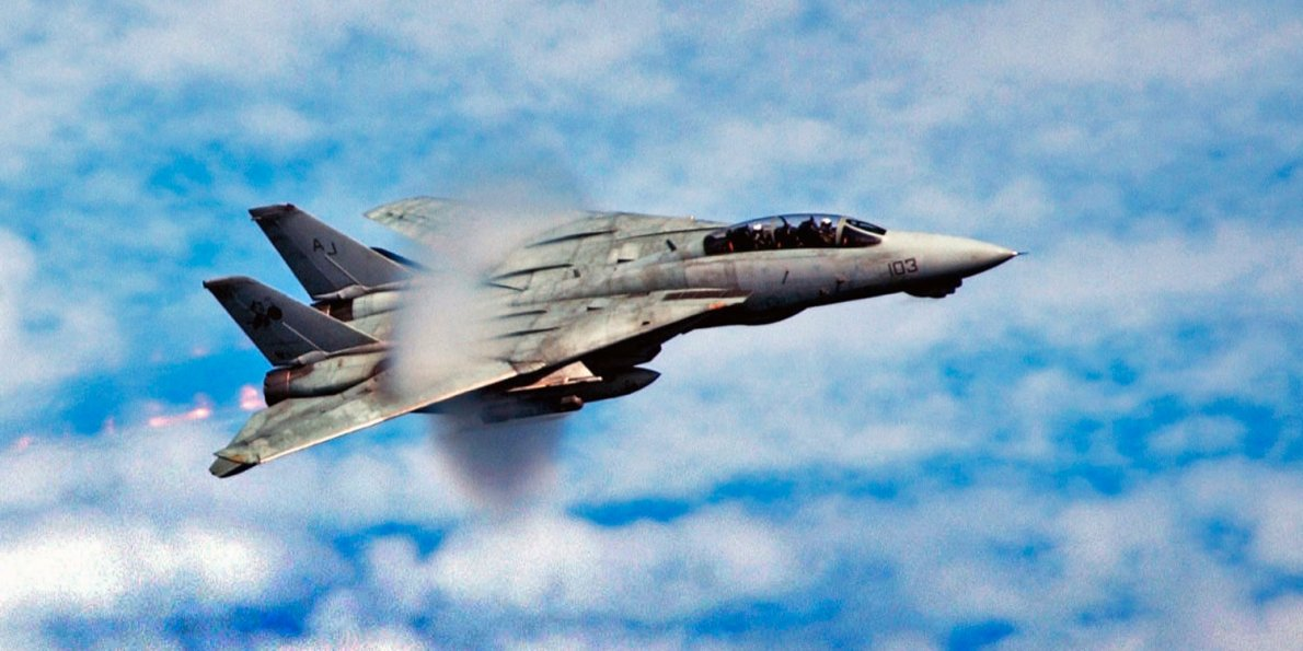 17-photos-that-show-why-the-f-14-tomcat-is-one-of-the-greatest-fighter-jets-of-all-time